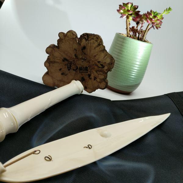 白瓷昆虫竹叶线香炉香盒套装